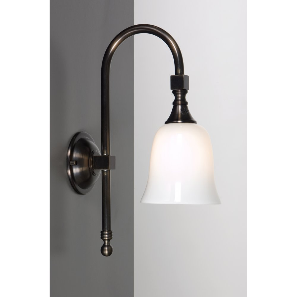 Bath classic aged brass ip44 traditional victorian for Traditional bathroom wall lights