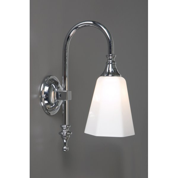 Bathroom wall light chrome for traditional bathrooms ip44 for Traditional bathroom wall lights