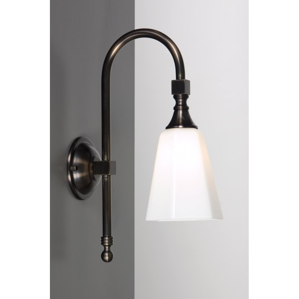 BATH CLASSIC Traditional IP44 Aged Brass Victorian Bathroom Wall Light