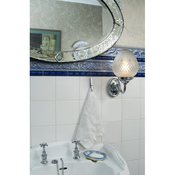Chrome art deco bathroom wall light with pineapple pattern glass shade for Art deco bathroom vanity lights