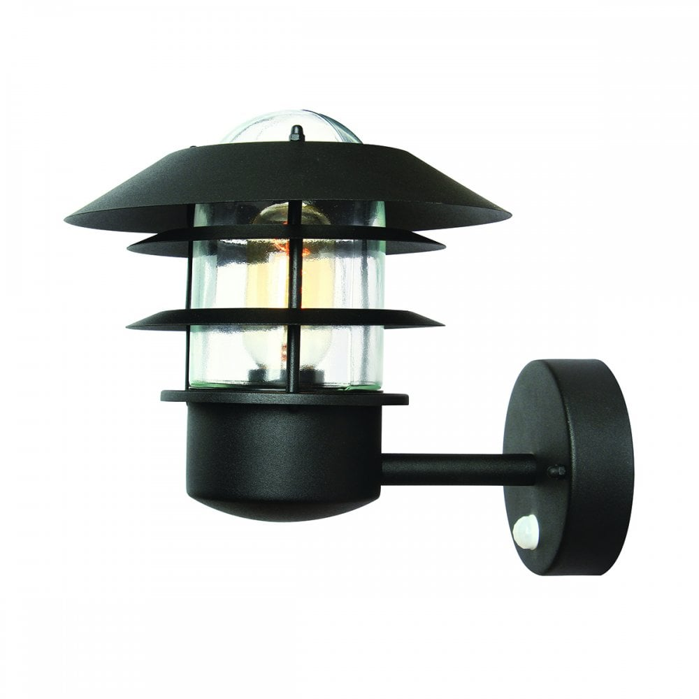 Exterior Wall Light With Pir Motion Sensor Suitable For Coastal Areas