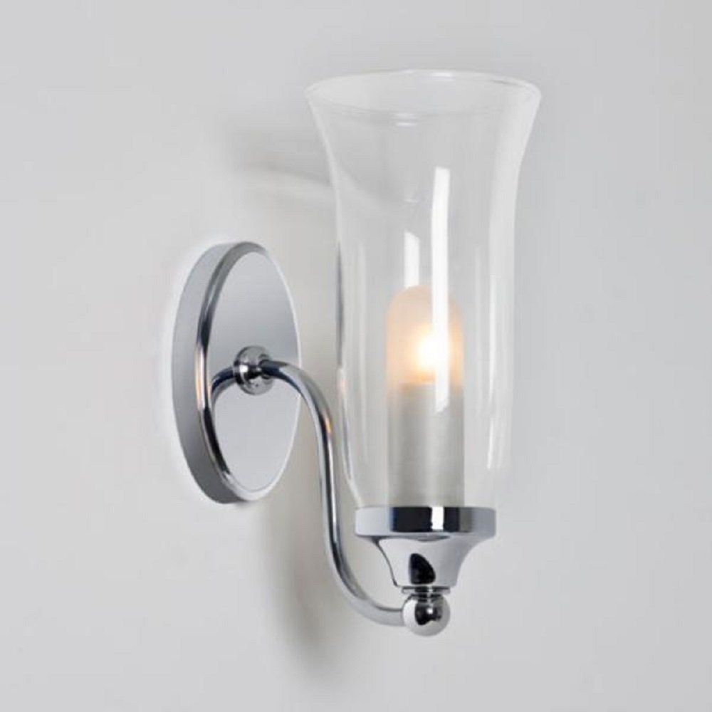 Ip44 wall light for traditional bathroom lighitng in for Traditional bathroom wall lights