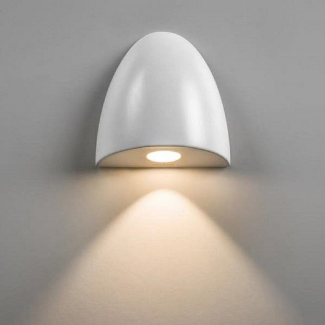 Ip65 Recessed Led Wall Light With Down Facing White Dome