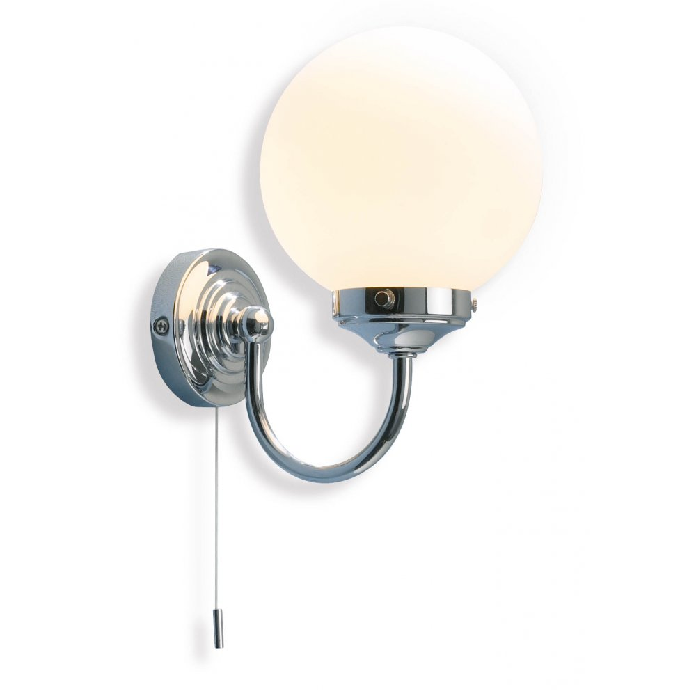Traditional victorian bathroom wall light with pull switch for Traditional bathroom wall lights