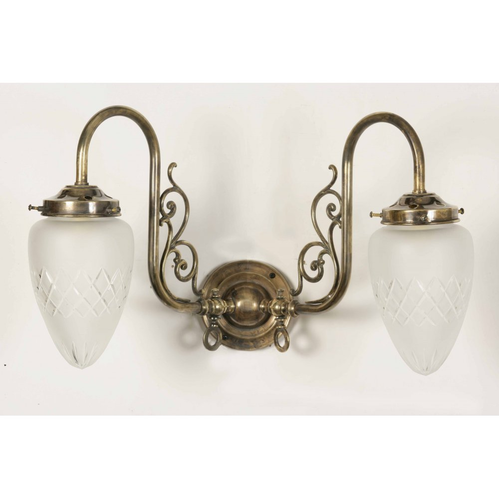 Etched Glass Wall Lights : Victorian Replica Gas Wall Light with Pineapple Etched Glass Shades